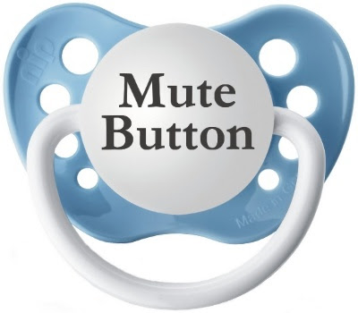 Sjov narresut, 'Mute Button'