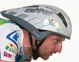 Etto Chrono hjelm