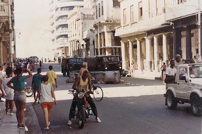 SACADO DEL BLOG DESARRAIGOS PROVOCADOS,una serie de fotos ineditas de lo que se vivio aquel dia... Opstand+Havana+18