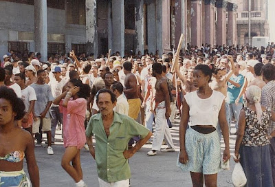 SACADO DEL BLOG DESARRAIGOS PROVOCADOS,una serie de fotos ineditas de lo que se vivio aquel dia... Opstand+Havana+23
