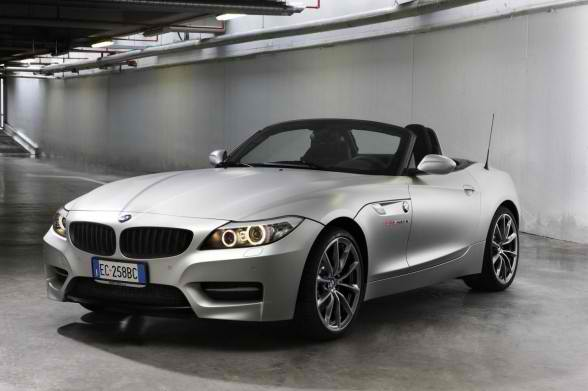 A Special 2010 BMW Z4 sDrive35 is Limitea Edition Mille Miglia