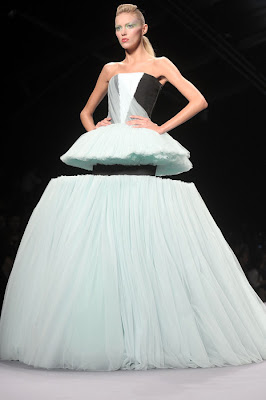 Viktor and Rolf Spring/Summer 2010