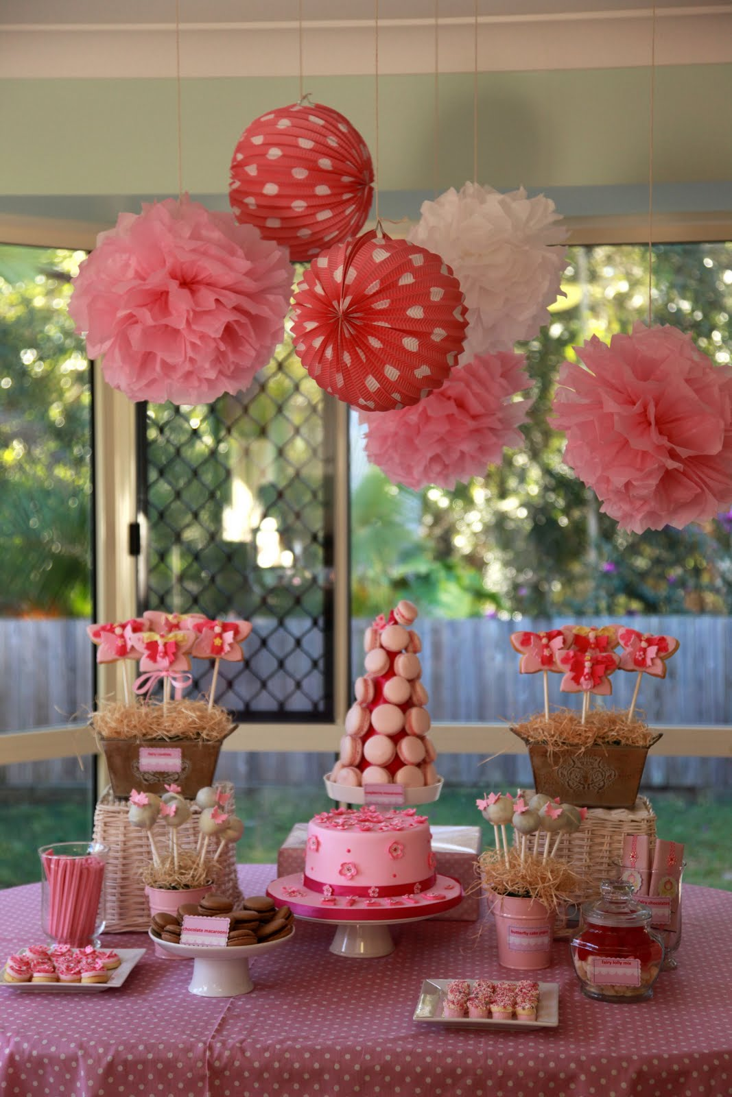 Birthday Cake Table Decoration Ideas : Bubble and Sweet: Lilli s 6th Birthday - Fairy High Tea Party