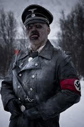 Waffenkammer Deutsch nach unten