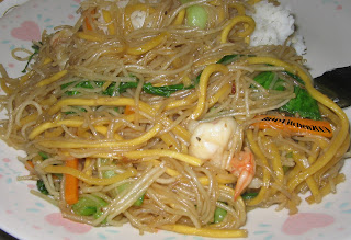 Fried Noodles/Lo Mein with Shrimp