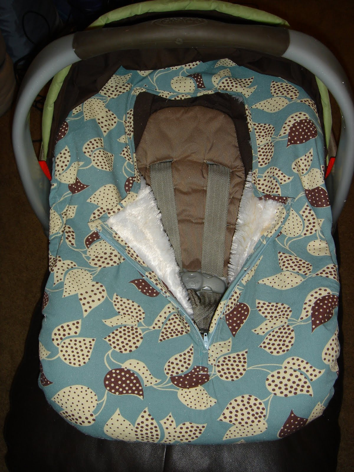 Dink's Gear: Car Seat Cover w/ Blanket