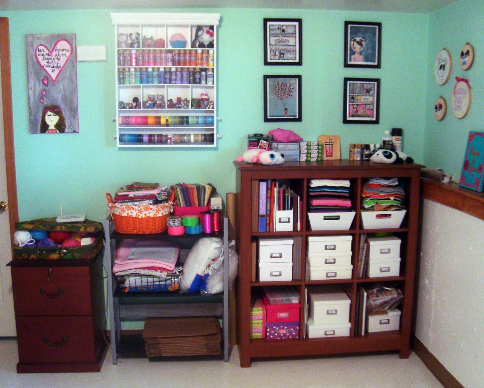 How to organize a room with too much stuff