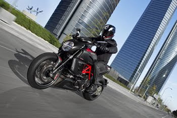 MOTORCYCLE DUCATI DIAVEL