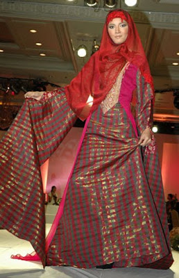 MUSLIM FASHION GALLERY WITH RED TEXTURE 2009, Muslim Fashion Show 2009 Annual Style,  Design, Show, Style, muslim, hijab