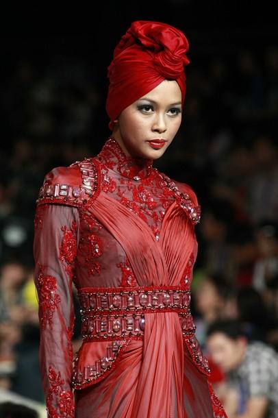 Jakarta Fashion Hijab Inspiration From Itang Yunaz