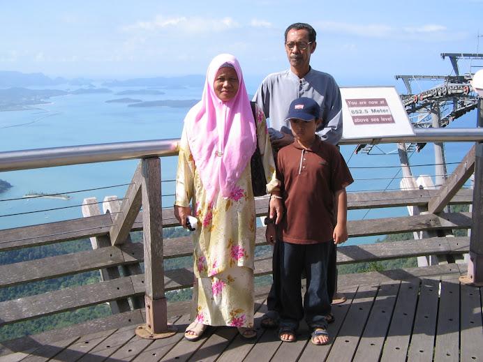 Pulau Langkawi : ni station cablecar yg tertinggi sekali