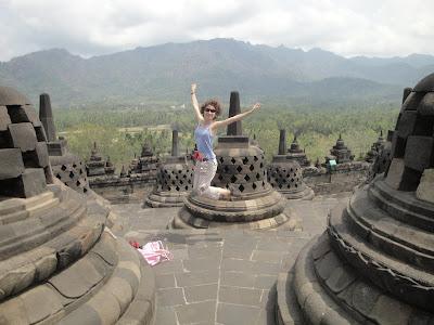Borobudur, templul budist din Indonezia