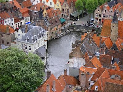 Case ca de poveste in Brugge