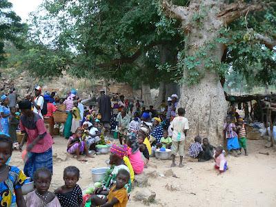 Imagini Mali: piata dogona