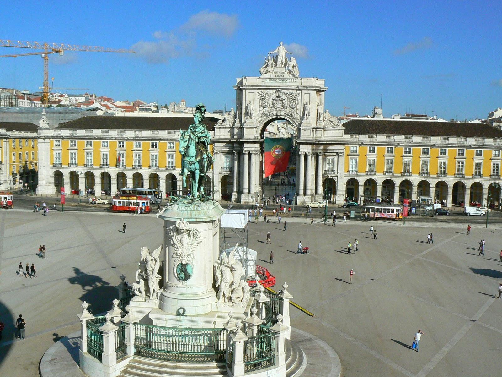 Image result for imagini lisabona portugalia