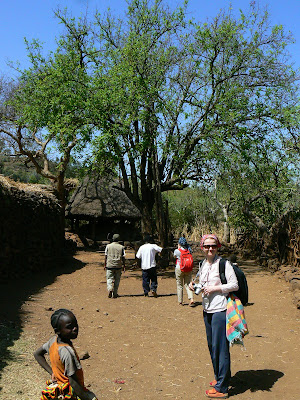 Imagini Etiopia: sat Konso, piata centrala