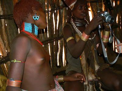 Imagini Etiopia: fotomodele goale - Hammer