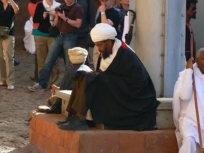 Imagini Etiopia: credincios ortodox la Lalibela
