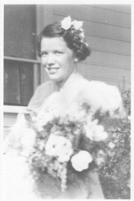 Great Grandma Dot age 16 - Grandpa Dysart's mom.