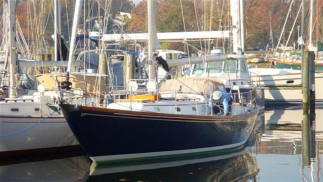 ... Dick Zimmerman of Hartge Yacht Sales on the sale of a lovely Bermuda 40.