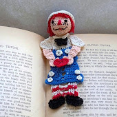 Raggedy Andy Reading Character Crochet PDF pattern