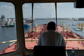 Pemandangan dari kapal
