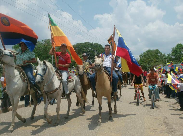 Siguiendo los pasos de Bolívar