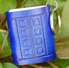 Dr. Who - Silence In The Library - Tardis Leather Mini Book Key Fob