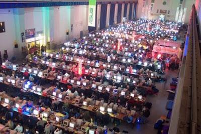 QuakeCon LAN