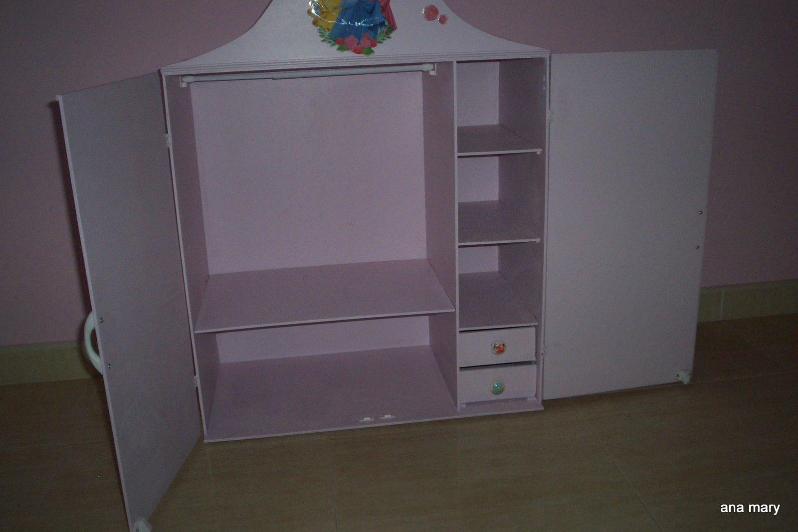 Como hacer un armario para ropa de barbie - Como hacer un armario de carton ...