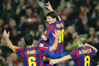 Messi, Xavi e Iniesta aspirantes al Balón de Oro