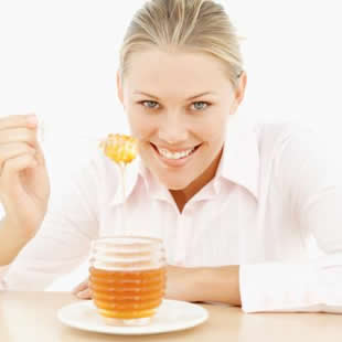 Canela y miel son las únicas substancias alimenticias en el planeta