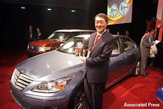 Hyundai's Dr. Hyun-Soon Lee, next to the Genesis
