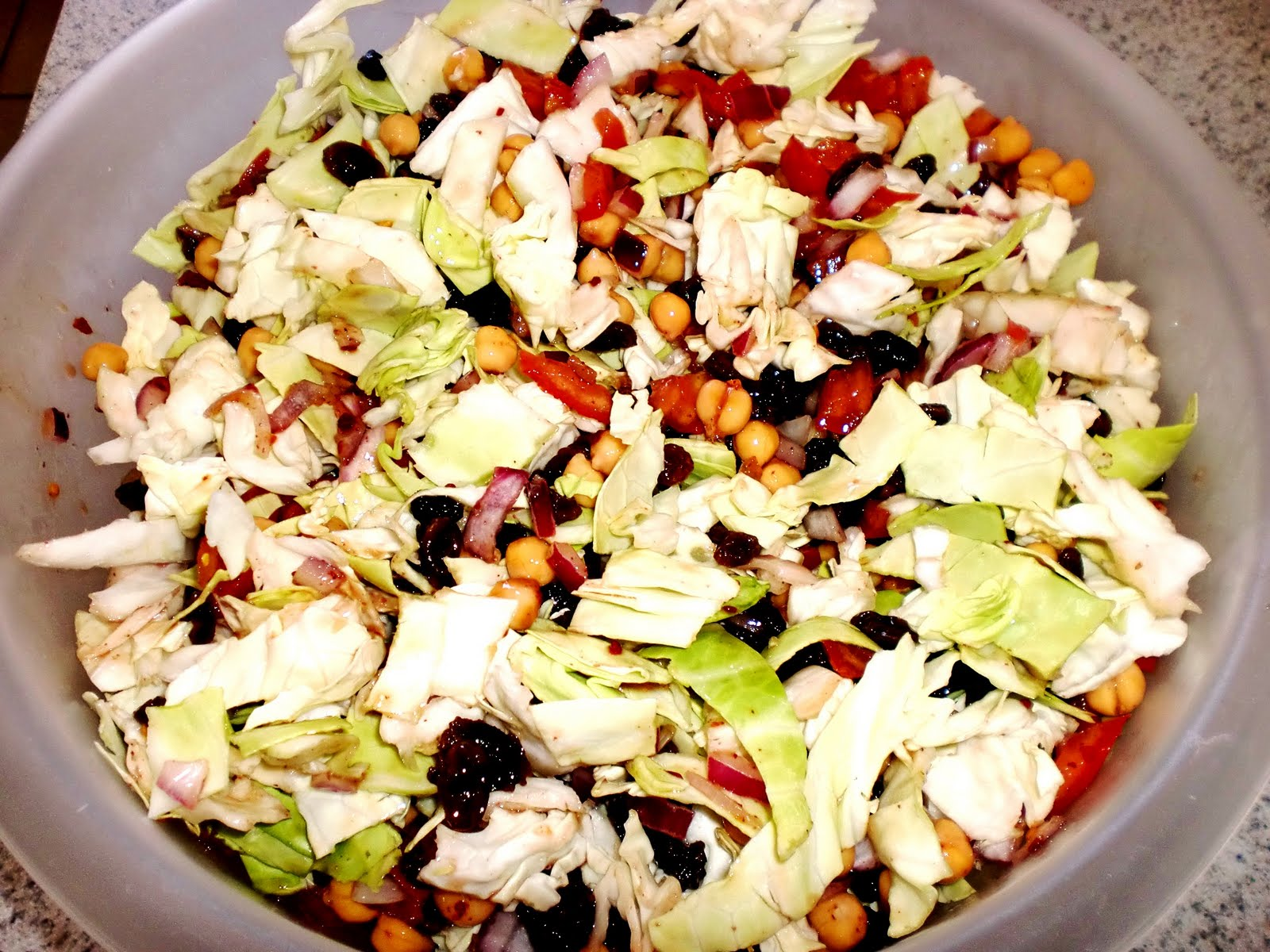 Da begni my e book of recipes egyptian salad just mix all the ingredients and toss with the dressing serve it fresh forumfinder Gallery
