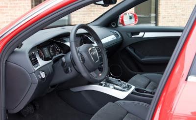 2010 Audi A4 2.0T Avant S-line Interior