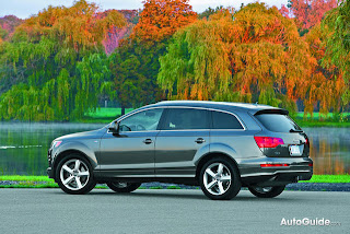 2009 Audi Q7 3.0 TDI Side View