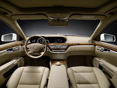 2010 Mercedes-Benz S400 Hybrid Interior