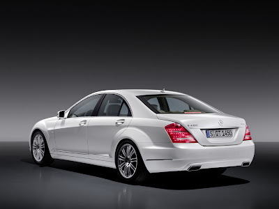 2010 Mercedes-Benz S400 Hybrid Rear