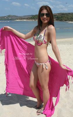 sam pinto sexy bikini photos 04