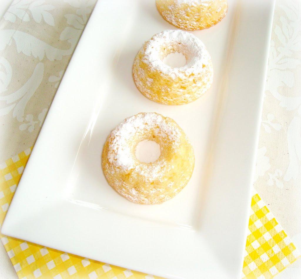 Paris Pastry: (mini) Lemon Pound (bundt) Cake