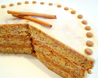 Paris Pastry: Banana Cake with Honey - Cinnamon Frosting