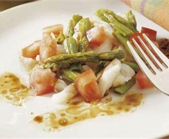 Tu cocina ensalada tibia de lenguado y esparragos - Lenguado al microondas ...
