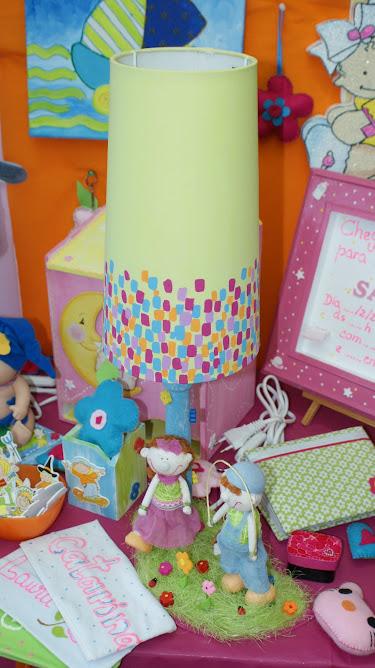 Candeeiro quarto de criança.