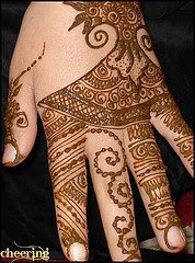 Labels: henna design