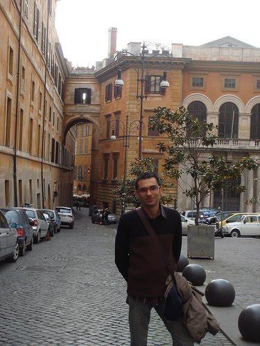 Cuento atr s antolog a aula de escritores jose miguel for Trabajo jardinero barcelona