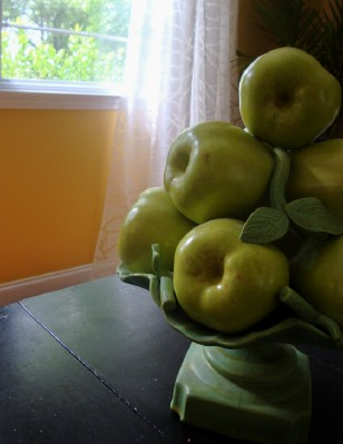 [porcelain_apple_compote_made_in_italy_ceramic_fruit.jpg]