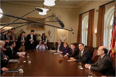 http://2.bp.blogspot.com/_E-C8EfoCQtk/ScnMMmMEF8I/AAAAAAAAAO4/5p9Vo61Vi0A/s400/Annonce+du+plan+Geithner+23+mars+2009.jpg
