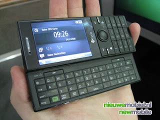 HTC S740 QWERTY Smartphone Live Photos