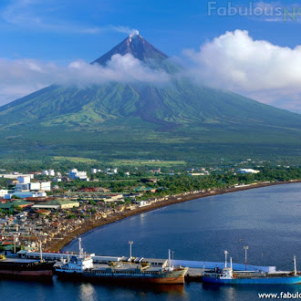 Mount Mayon, Legazpi City, Luzon Islands, Philippines