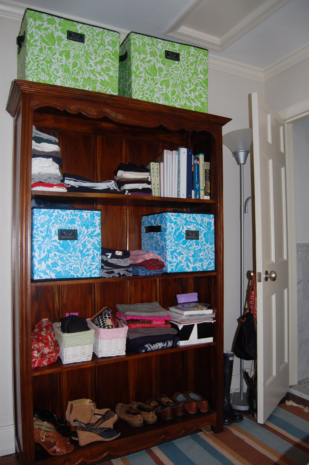 Organize please dorm room carly the prepster for Room organization